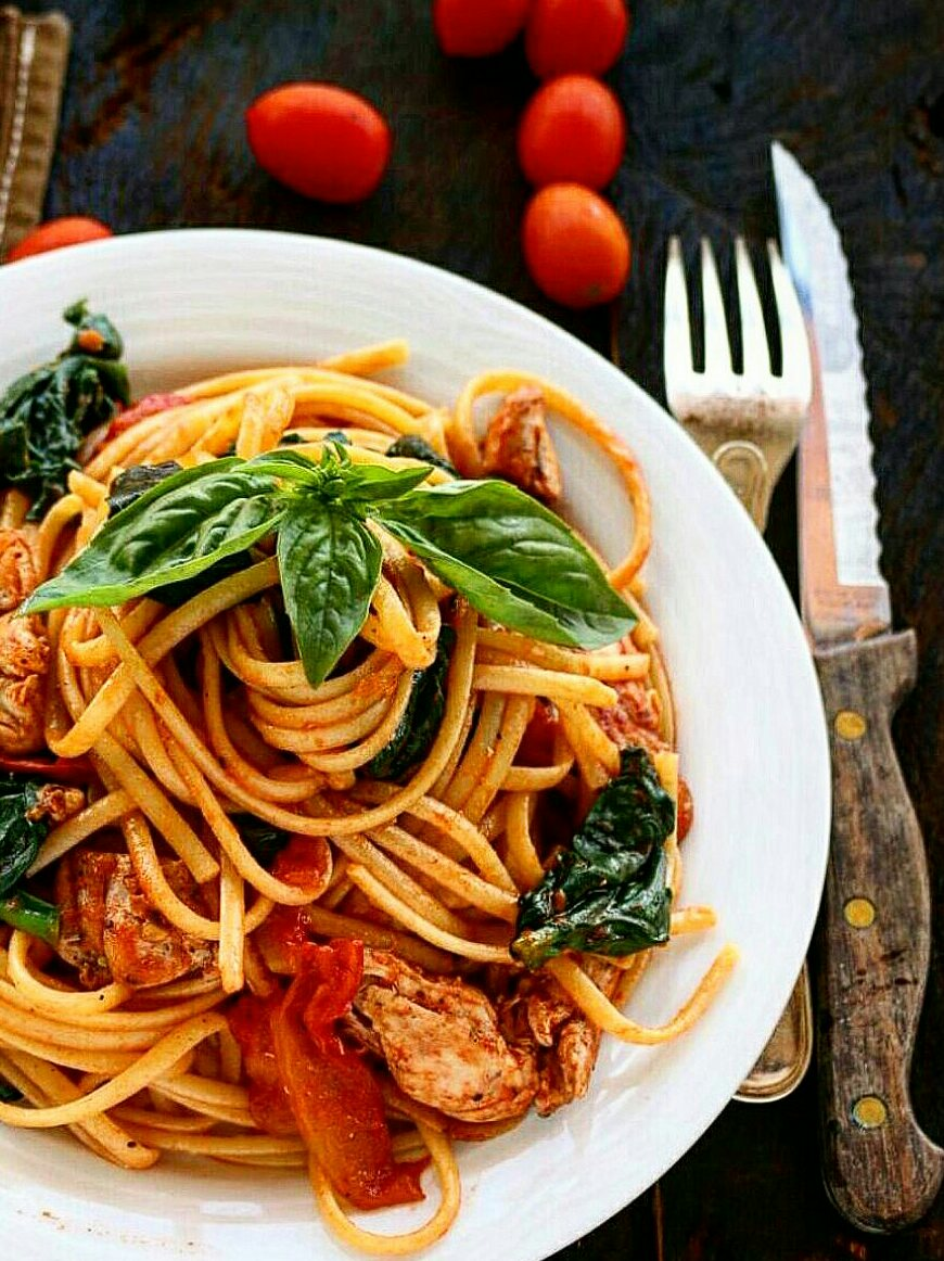 Chicken Tomato Spinach Spaghetti